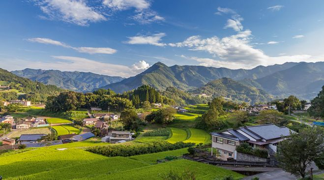 guided walking holidays Kyushu - Aso to Amakusa