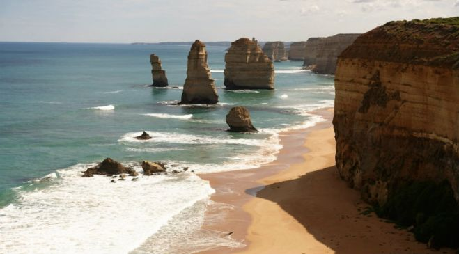 guided walking holidays Great Ocean Road to Grampians