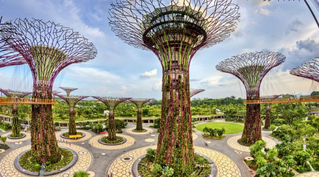 guided walking holidays Gardens of Singapore