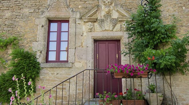 guided walking holidays Burgundy - Villages & Vineyards